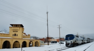 Amtrak Southwest Chief pulls into Raton Depot in snowstorm